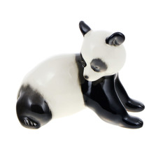 Скульптура Лфз медвежонок панда