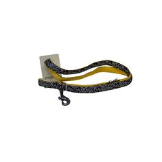 Поводок для собак GREAT&SMALL С принтом косточки 25х750мм черный