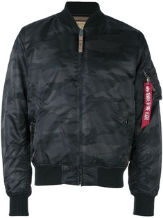 Alpha Industries камуфляжная куртка-бомбер