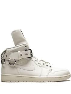 Jordan кроссовки Air Jordan 1 Retro High из коллаборации с Comme des Garçons