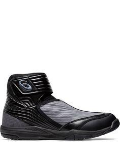 Категория: Высокие кроссовки Asics