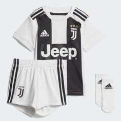 Комплект: шорты и футболка Ювентус adidas Performance