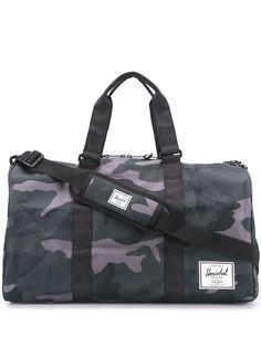 Herschel Supply Co. дорожная сумка Novel с камуфляжным принтом