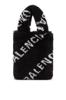 Меховая сумка-ведро с логотипами Balenciaga