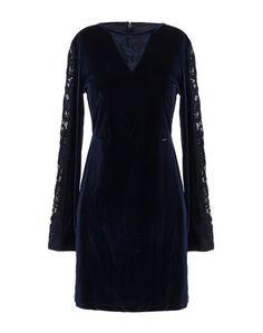 Короткое платье Guess
