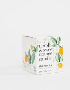 Свеча с ароматом нероли и сладкого апельсина This Works 220 г-Бесцветный