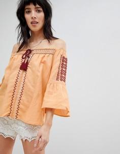 Блузка с открытыми плечами и вышивкой Hazel-Желтый