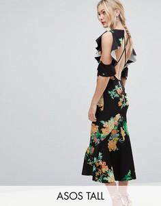 Платье миди с цветочным принтом, открытыми плечами и баской ASOS DESIGN Tall-Мульти