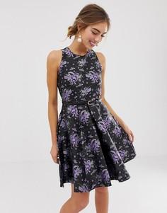 Короткое приталенное платье с принтом Closet London-Мульти