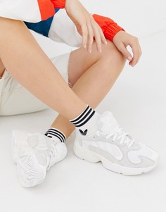 Белые кроссовки adidas Originals Yung1-Белый
