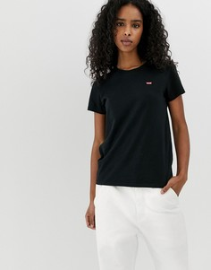 Черная футболка с логотипом на груди Levis Perfect-Черный