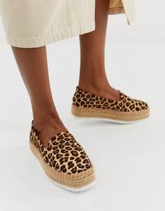 Кожаные эспадрильи с леопардовым принтом и плоской платформой ASOS DESIGN Jenna-Мульти