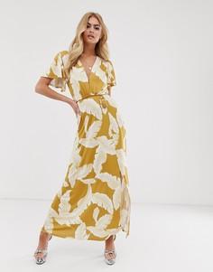 Платье макси с цветочным принтом, рукавами клеш и поясом с кисточками ASOS DESIGN-Мульти