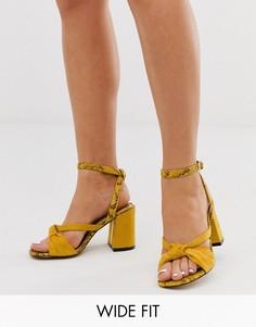 Желтые босоножки на каблуке для широкой стопы с узлом River Island-Желтый