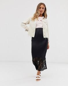 Атласная юбка миди с кружевной отделкой ASOS DESIGN-Черный