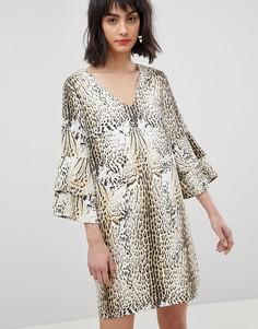 Платье с леопардовым принтом и ярусными рукавами Vero Moda-Мульти