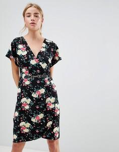 Платье с запахом и рукавами кимоно QED London-Черный