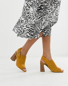 Кожаные босоножки горчичного цвета на блочном каблуке и с пряжками ALDO Elalyan-Желтый