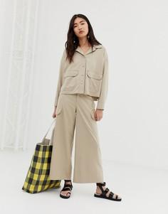 Бежевые широкие брюки карго с карманами Monki-Бежевый