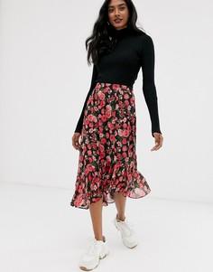 Асимметричная юбка с оборкой и цветочным принтом Stradivarius-Черный