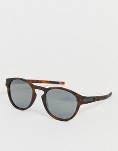 Матовые коричневые солнцезащитные очки в черепаховой оправе с черными стеклами Oakley Latch-Коричневый