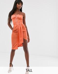 Атласное платье цвета ржавчины с бретельками, асимметричной юбкой и застежкой на крючки Missguided Tall-Коричневый