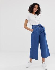 Синие выбеленные легкие джинсовые кюлоты с поясом ASOS DESIGN-Синий