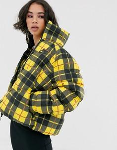 Желтая дутая куртка в клетку с высоким воротником Nike-Желтый