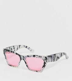 Розовые солнцезащитные очки унисекс со змеиным принтом ASOS DESIGN x glaad&-Розовый