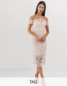Розовое кружевное платье миди с открытыми плечами Chi Chi London Tall-Розовый
