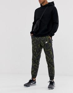 Тканые джоггеры с камуфляжным принтом Nike-Зеленый