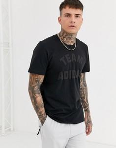 Черная футболка с принтом adidas-Черный