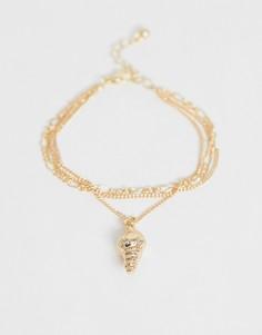 Золотистый браслет из цепочек в несколько рядов с подвеской-ракушкой ASOS DESIGN-Золотой
