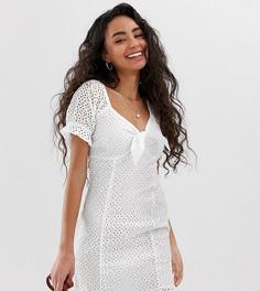 Белое платье с вышивкой ришелье Miss Selfridge Petite-Белый