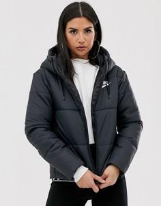 Черная дутая куртка Nike-Черный