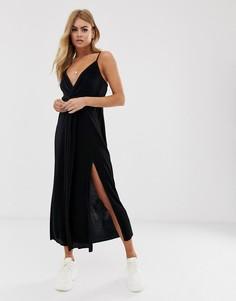 Плиссированное платье макси с перекрученной отделкой ASOS DESIGN-Черный
