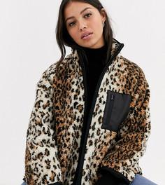 Флисовая куртка с леопардовым принтом ASOS DESIGN Petite-Мульти