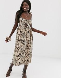 Сарафан миди с леопардовым принтом, вырезом, пуговицами спереди и резинкой для волос в тон ASOS DESIGN-Мульти