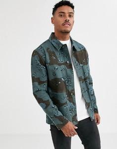 Синяя джинсовая куртка с камуфляжным принтом ASOS DESIGN-Синий