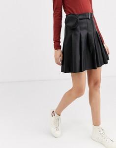 Мини-юбка из искусственной кожи со складками и поясом с сумочкой ASOS DESIGN-Черный