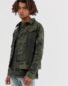Зеленая куртка с камуфляжным принтом Levis Engineered-Зеленый