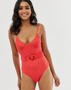 Красный слитный купальник в горошек с поясом New Look