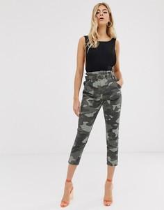 Камуфляжные джинсы с высокой талией и поясом River Island-Зеленый