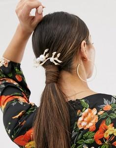 Золотистая заколка для волос в форме листа с искусственным жемчугом ASOS DESIGN-Золотой