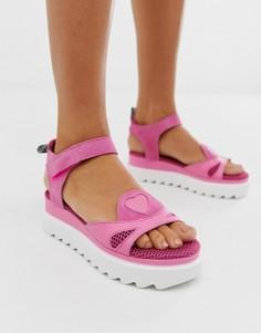 Розовые сандалии на плоской платформе Love Moschino-Розовый