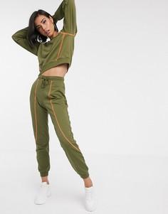 Спортивный костюм из свитшота и джоггеров с контрастными строчками ASOS DESIGN-Зеленый