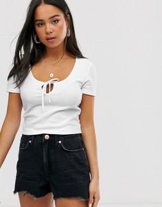 Белая футболка с вырезом капелькой Miss Selfridge-Белый