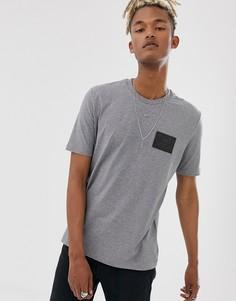 Серая футболка с нашивкой-логотипом Love Moschino-Серый