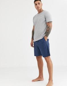 Комплект одежды для дома из серой футболки и синих шорт в клетку и с логотипом-флагом Tommy Hilfiger-Серый