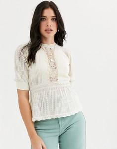 Блузка кремового цвета с баской и кружевом River Island-Кремовый